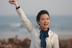 传言陈小艺和小鲜肉绯闻是怎么回事,她现在怎么不出来拍戏了?